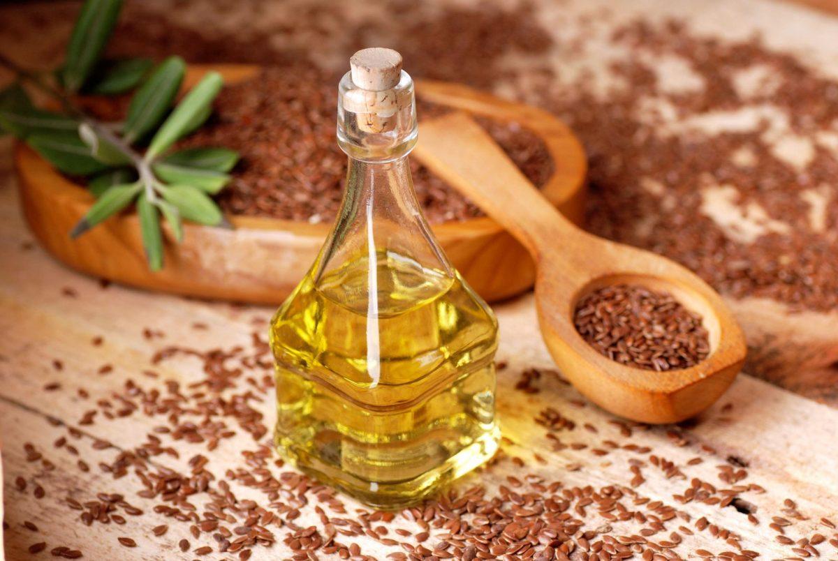 В чем польза льняного масла и как его выбрать?